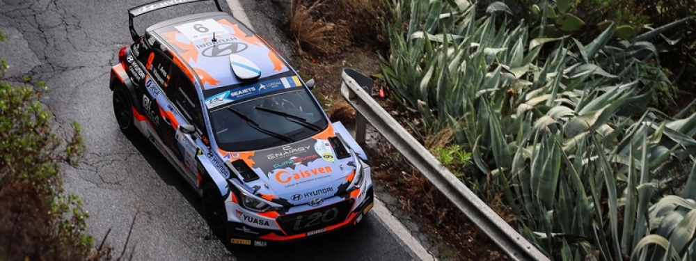 Ares-Vázquez complete the first leg leading the Rally Islas Canarias